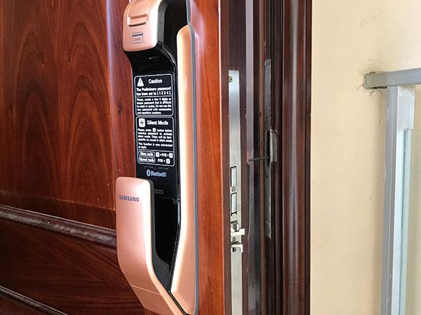 保养、维护指纹门锁的技巧与方法